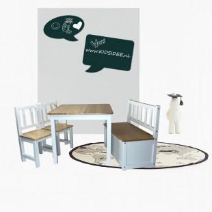kinderbankje, stoeltjes en tafeltje